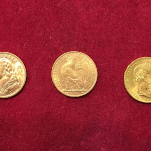 Vasto assortimento di monete d'oro