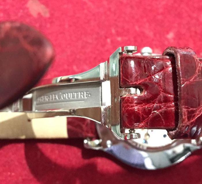 Jaeger Le Coultre, carica manuale, acciaio e brillanti, tutto originale, completo di scatola originale, garanzia negozio di un anno. Bellissimo.