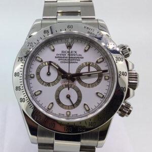 Rolex Daytona Acciaio, anno 2008, come nuovo, completo di scatola e garanzia, diametro 40mm, un anno di garanzia del negozio.