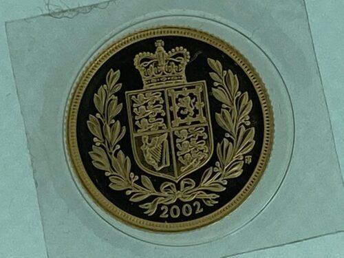 Sterlina Oro Anno 2002, con stemma anzichè San Giorgio.